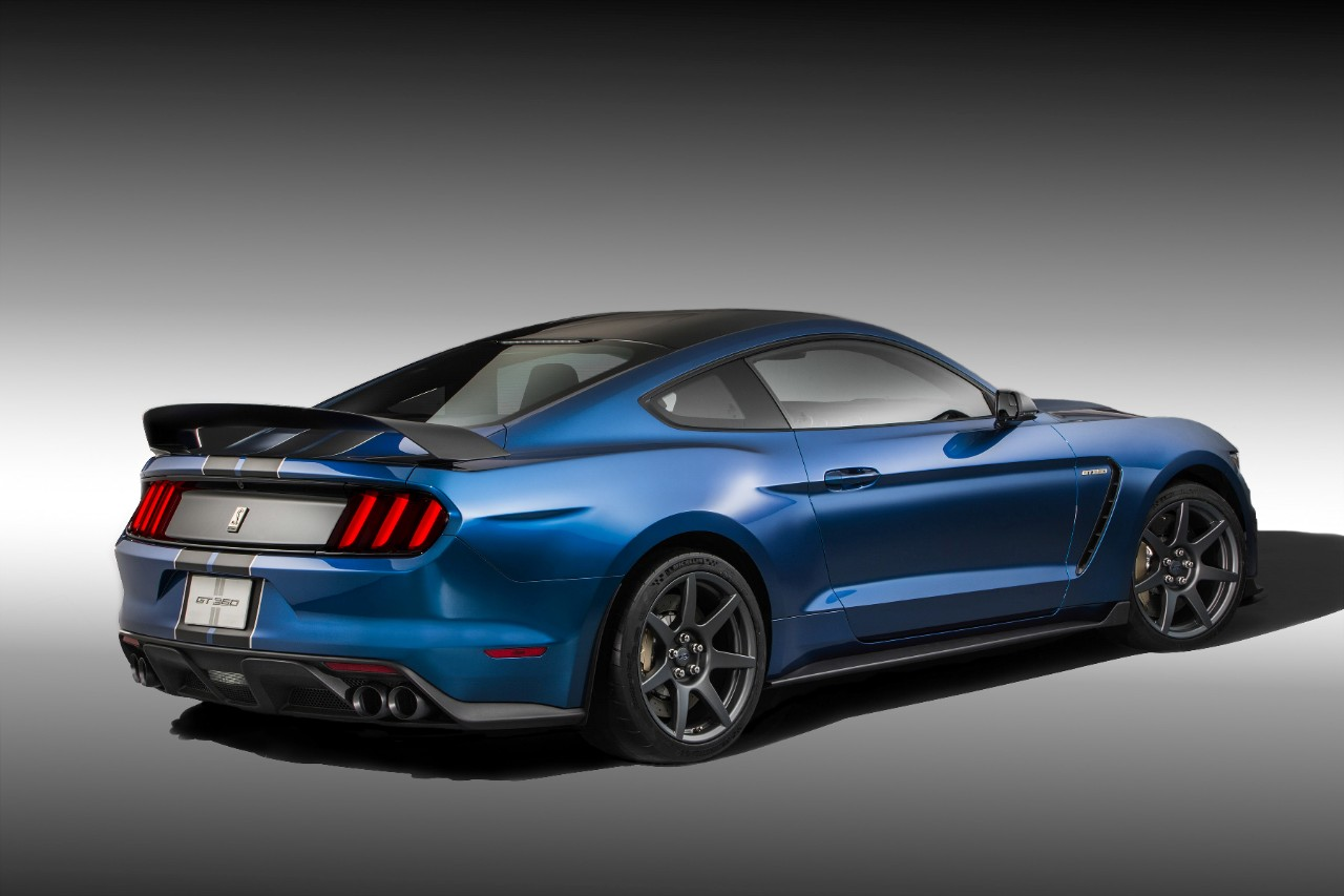 Shelby-GT-350R-2