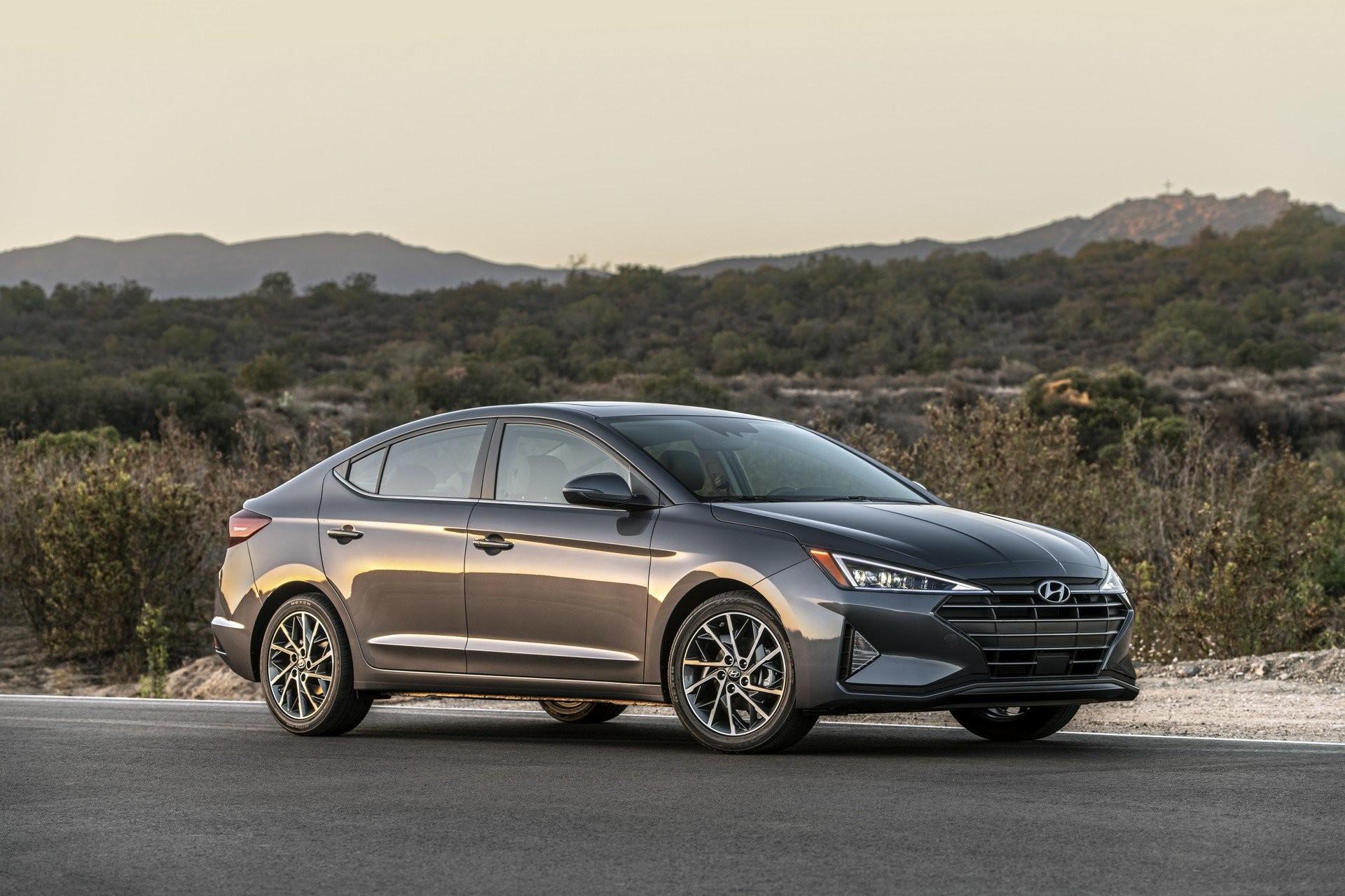 Hyundai Elantra 2019 El Popular Sedan Se Renueva Puro Motor